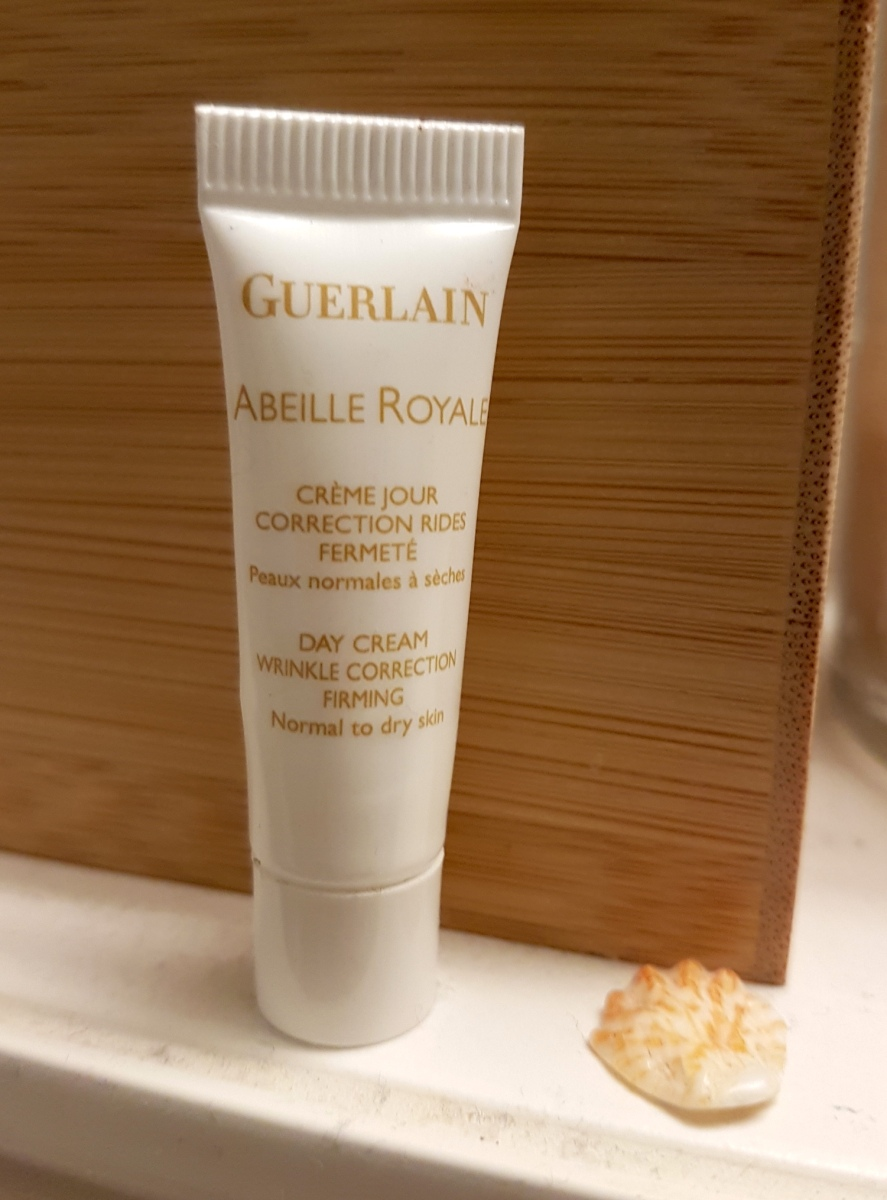 Sampling around: Guerlain, Abeille Royale Crème Jour Correction Rides Fermeté